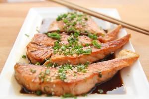 Fit mit Fett - Omega-3-Fettsäuren in Lachs