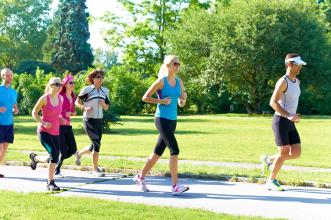 Gemeinsames Laufen für mehr Leistung und Motivation