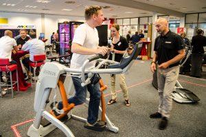 Gelenkschonendes Training mit realistischer Laufbewegung auf dem Zero Runner
