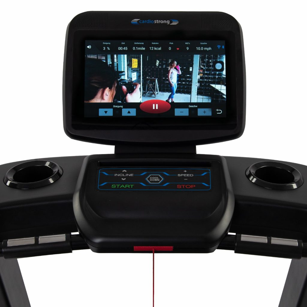 cardiostrong TX90 kann Videos abspielen